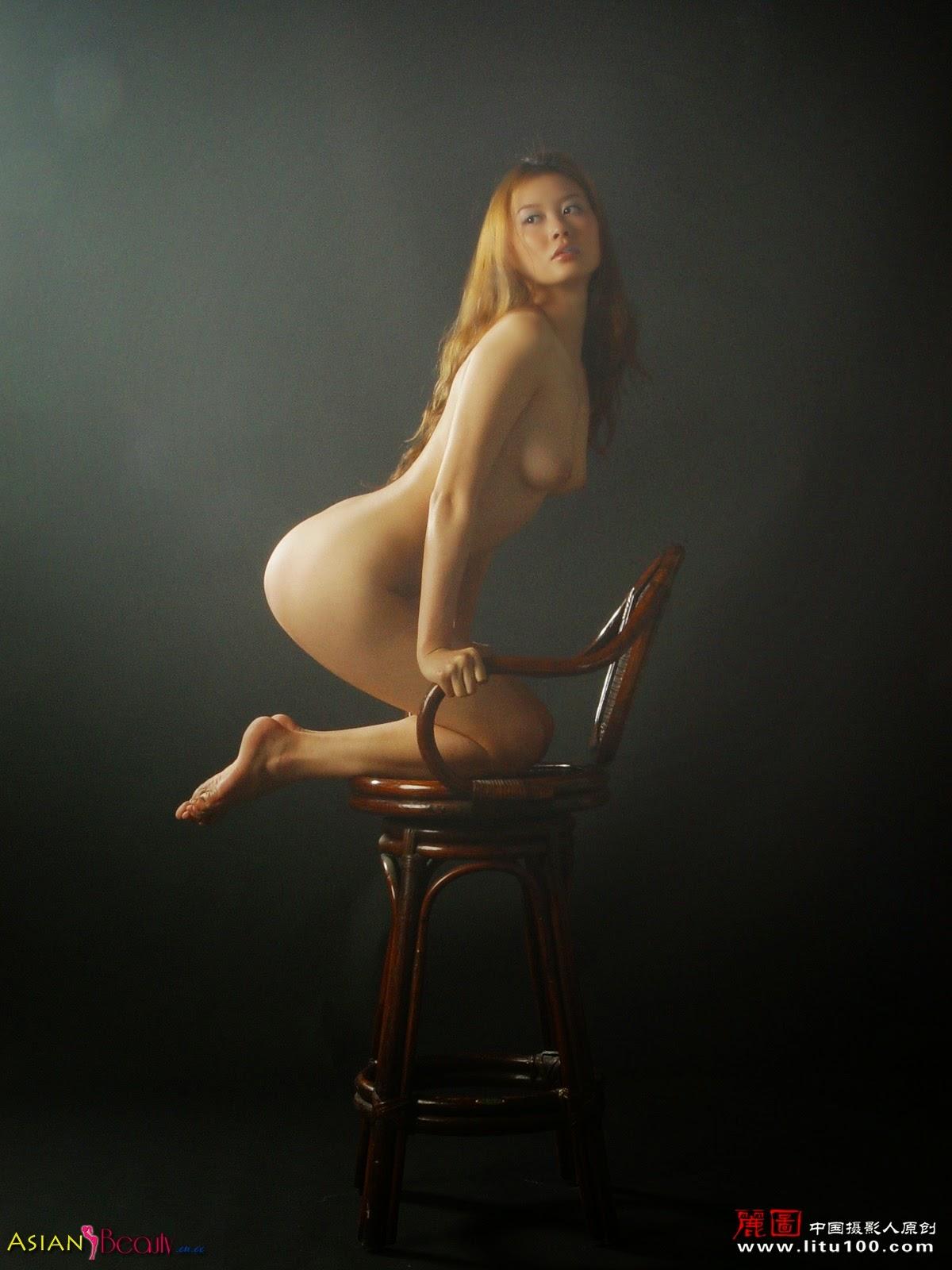Girl stripped naked shanghai video